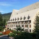 Mountainside Lodge resmi