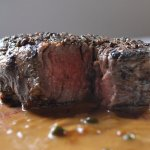 Meatin è il Ristorante dove la carne è cucinata, non cotta. L'unico al Vomero presente nelle gui
