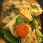 Chicken Massaman Curry: Chicken with potato, onion, pea, carrot, pepper, roasted peanut