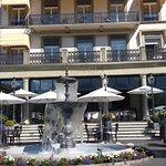 傳統的瑞士酒店外型