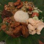 Apa Kabar Restaurant Foto