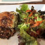 Moussaka au boeuf Salade