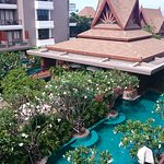 Photo de Ayrest Hua Hin Hotel