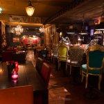 Heerlijk dineren in een gezellige, informele sfeer waarbij een 'Unieke' beleving centraal staat.