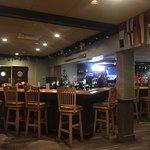 Foto van Crow's Nest Bar & Grille
