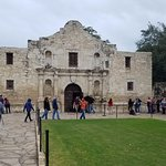 The Alamo on a busy Saturday
