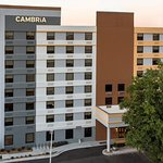 Photo of CAMBRiA hotel & suites Durham - Near Duke University