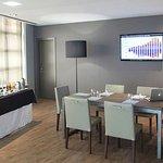949061 Meeting Room