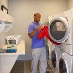 Staybridge Suites: Houston Humble - Generation Pk Guest Laundry