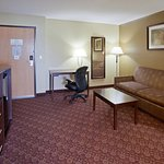 Photo de AmericInn Lodge & Suites Blue Earth