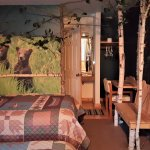 """""""Large Bear Themed Room"""" with 2 Double beds!"""