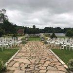 Cérémonie de mariage dans le jardins du château