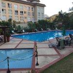 Piscinas (externa e interna) do Hotel Granja Brasil SPA