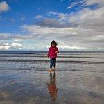 Zdjęcie The Beach Bar Sligo / Aughris House