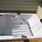 Outdoor Jacuzzi tub - King suites
