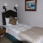 Charlecote Pheasant bedroom