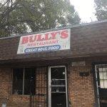 صورة فوتوغرافية لـ Bully's Restaurant