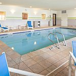Photo of Holiday Inn Express Hotel & Suites Manchester Airport