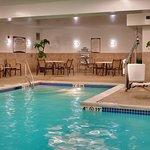 Photo de Staybridge Suites Omaha 80th & Dodge