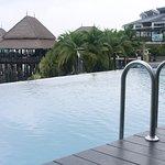 Shimmer Infinity Pool