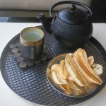 Complimentary hot tea & plantines while in the spa!