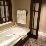Room 4359 Master Bath