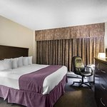 Photo of Quality Inn & Suites Yellowknife