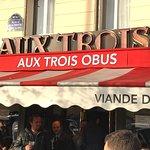 صورة فوتوغرافية لـ Aux Trois Obus