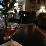 Foto de The Aubrey Piano Lounge