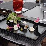 En suggestion : Maki de truite et mange, chantilly wasabi