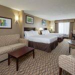 Holiday Inn Express Charles Town resmi