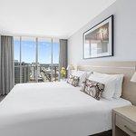 Photo of Oaks Lexicon Apartments