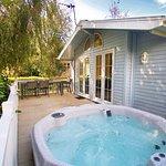 Signature 4 bed hot tub lodge