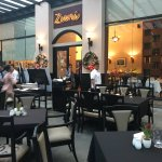 Photo de Zuni Restaurant and Wine Bar