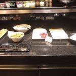 ארוחת הבוקר גבינות למיניהם