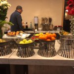 מזנון ארוחת הבוקר הפירות