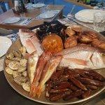 Φρέσκα ψάρια και όστρακα κάθε ημέρα