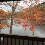 Photo de Rumbling Bald Resort on Lake Lure