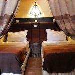 La chambre équipée de deux lit jumeaux suite El minzeh