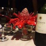 Un buen vino siempre es buen acompañante para la cena, Intipalka es una gran opción.