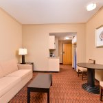 Photo of Holiday Inn Express Breezewood