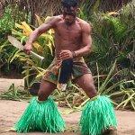 Paka - Fiji knife dancer