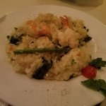 Shrimp risotto with spinich & asparagus...oh yeah it's very garlicky! Breath mints anyone?