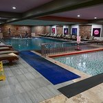 Indoor pool & jacuzzi in the basement Spa area