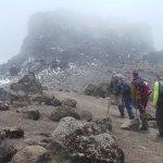 Acclimatation day (Arrow Glacier camp - day 4)