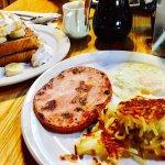 Foto de Log Cabin Restaurant