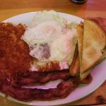 Great local breakfast nearby - Cook/Waitress was a real Montana 'pioneer' woman -