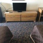 Large Modern room, Ocean Breeze Sent, Flat TV