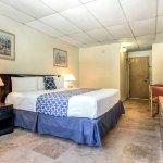 Foto de Rodeway Inn & Suites