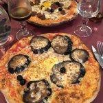 Pizzas et tiramisu